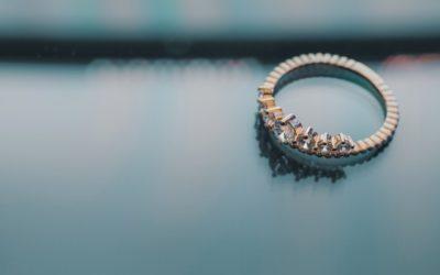 Quand faut-il offrir des bijoux à sa petite amie ?