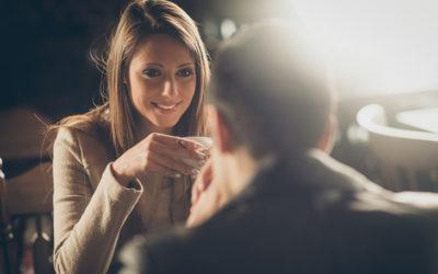 Quadragénaire, séduire une femme plus jeune